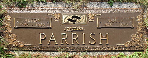 Headstone of Molly Wrenn  Parrish (née Vaughan) 1908 - 1979