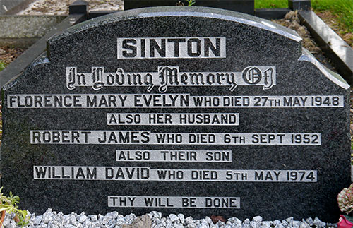 Headstone of Florence Mary Evelyn Sinton (née Morrow) 1908 - 1948